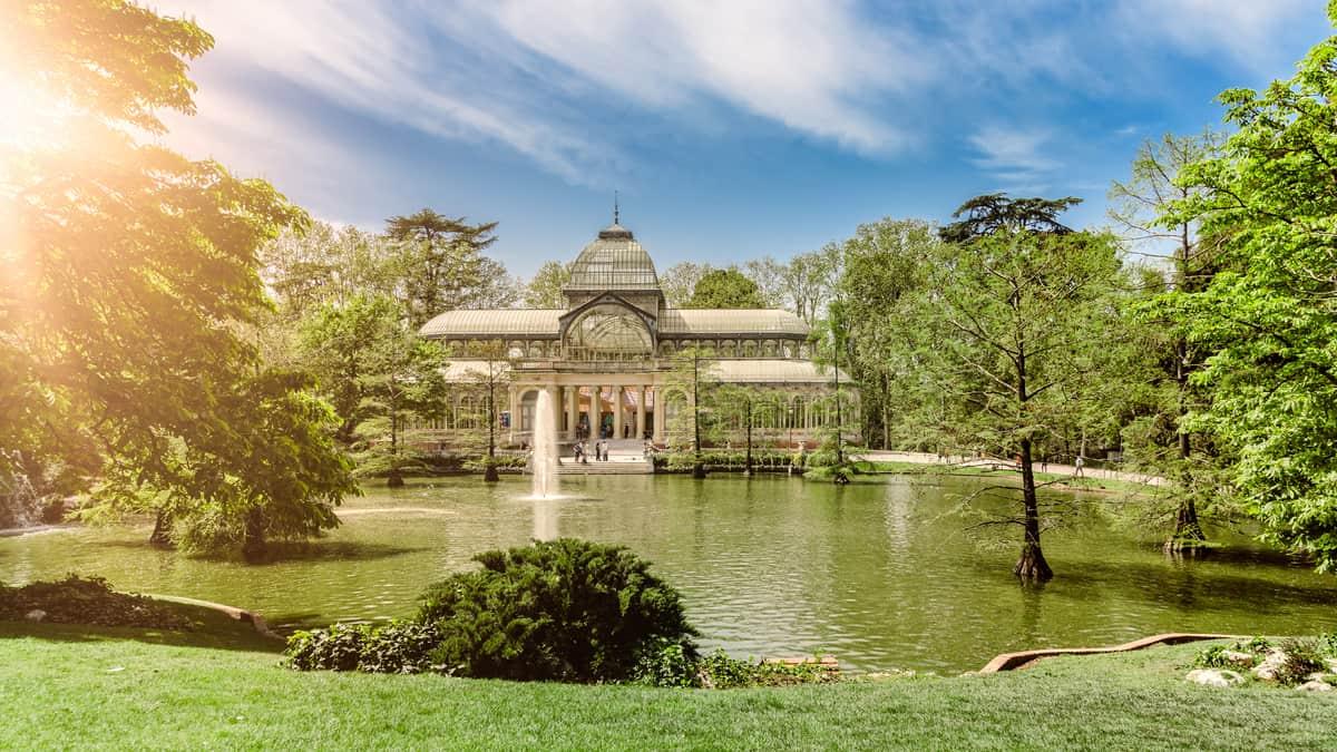 Kristalpaleis (Palacio de Cristal) in het Retiro Park, Madrid